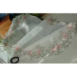 Gorgeous embroidery Pink Roses buds table runner