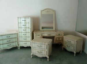 Vintage French Provincial Bedroom Set 6 Pieces