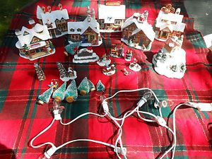 Holly Mountain Lodge Village Christmas Dishes Decoration