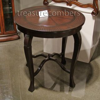 Benedetta Round Wood End Table Hand Painted Crocodile