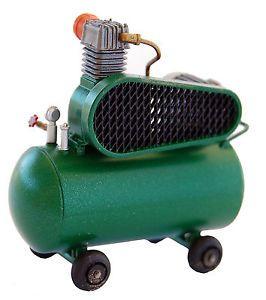 1 24 Scale Model Diorama Garage Workshop Air Compressor Pump on Dollies