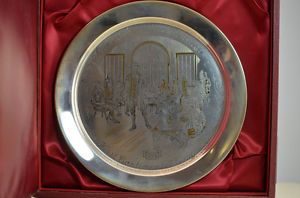 """Danbury Mint """"First Continental Congress 1774 Gold Solid Sterling Silver Plate"""