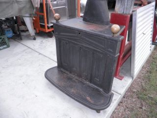 "Fireplace Franklin Wood Stove Cast Iron Heater 26 inch Logs 8"" Flue USA Shiner"