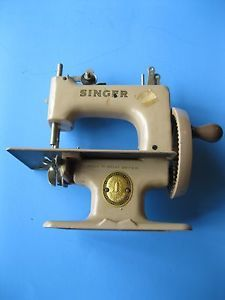 Antique Hand Crank Sewing Machine