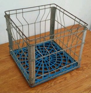 Vintage Normanskill Dairy Milk Bottle Metal Carrier Crate Albany NY