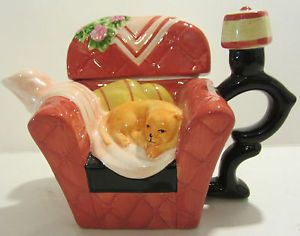 Houston Harvest Gift Products LLC Miniature Cat in Chair Teapot China