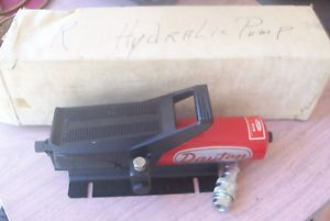 "Dayton Model 4Z482 BH7C 10 000 PSI Air Hydraulic Pump Foot Operated ""New"""