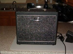 Crate V Series Crate Amp V1512 All Tube 15WATTS 12 inch Speaker Made Inusa