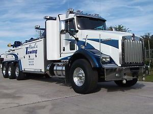 2012 Kenworth T 800 Ext Cab Cummins ISX 550 HP Engine 18 Speed Transmission