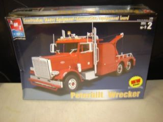 AMT Peterbilt Wrecker Factory SEALED 1 25 gms Customs Hobby Outlet Truck Kit