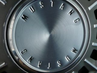 1968 Ford Mustang Fastback Convertible Coupe Hubcaps 68 FOR12