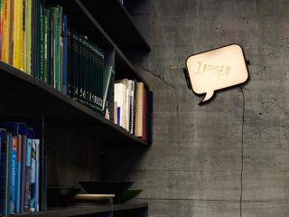 Lampada Da Parete Snakkes Fumetto Lavagna Cornice Nera Northern Lighting Design