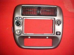 Ford Ranger Radio Dash Bezel Trim Vents 4x4 Fog Light Switch 95 10 2 Power Plugs
