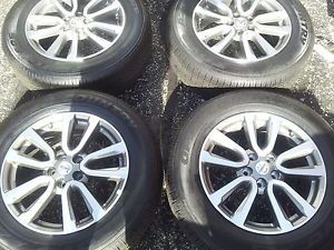 2013 Nissan Pathfinder Factory 18' Wheels and Tires Toyo 235 65 189