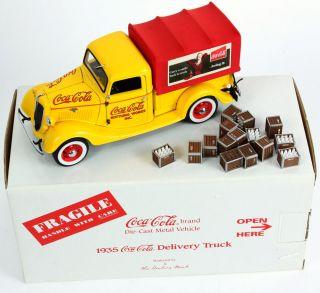 Danbury Mint Coca Cola Bottling Works 1935 Delivery Truck w Box Accessories