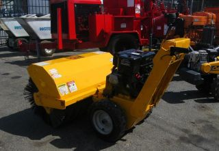 "Power Broom MB Walk Behind Sweeper mcd WB 8 5HP 36"" Broom Width"