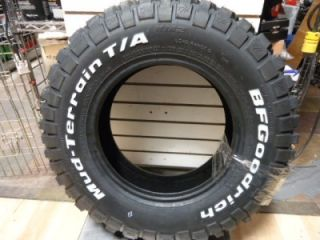 BF Goodrich Mud Terrain TA KM2 215 75R15 100 97Q Brand New Tire