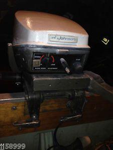 Johnson 15 HP Outboard Motor Boat Engine 10 15 20 25 Manual Start OMC Evinrude