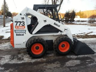 Bobcat 773 Skid Steer Loader Tractor Rubber Tire Bob Cat Kubota Diesel Engine