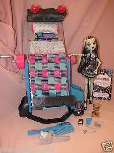 Monster High Frankie Stein Doll Bed Pet Accessories Diary First Wave 2009