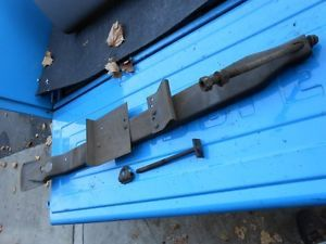 67 68 69 70 71 72 Chevy GMC Pickup Truck Under Bed Spare Tire Carrier Holder GM