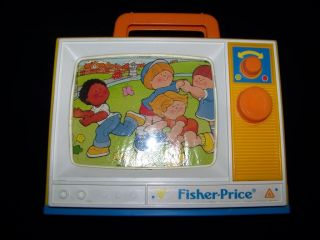 Fisher Price 1987 Musical TV Vintage Wind Up Toy London Bridge Row Your Boat
