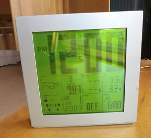 Starck Large Green Light Atomic Clock Am FM Radio Weather Projection