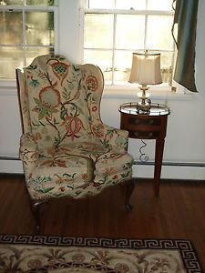 Vintage Pair of Ethan Allen Georgian Court Wing Back Chair Crewel Embroidery 2