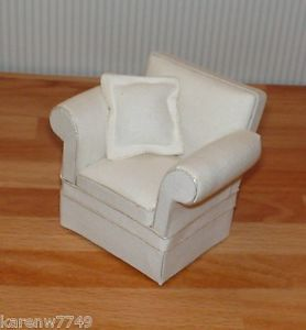 Miniature Dollhouse Ashley Living Room Cara Off White Chair 1 12 Scale C112