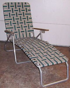 Retro wood arms vintage webbed folding aluminum lawn chair for Aluminum web chaise lounge