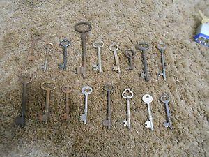 L1304 Antique Skeleton Keys Others Old Steam Punk Locks Furniture Doors
