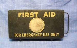 WWII US Gi Bring Back Army First Aid Kit Medical Box Jeep England to Germany
