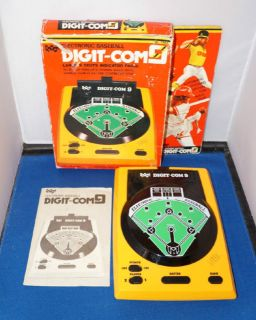1980s Epoch Vintage Baseball Arcade Electronic Handheld Game Digit com 9 Boxed