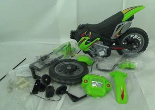 Happy Rider Fun Wheels 6 Volt Battery Operated Dirt Bike Ride on Green $129 99