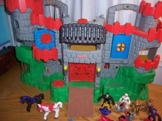 Fisher Price Imaginext Battle Medieval Castle Knights Horses King Lot Playset