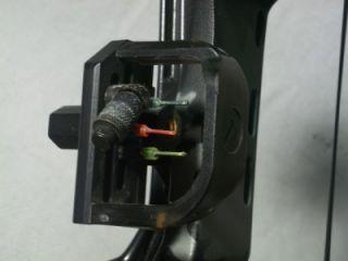 PSE Lightning Flite II Compound Bow w Carolina Archery Whisker Biscuit AC Sight