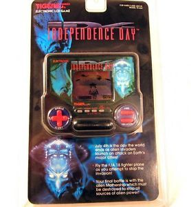 New SEALED Tiger Electronics Independence Day ID4 Handheld LCD Video Game 78 624