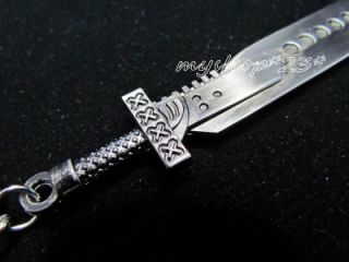 Hot Final Fantasy VII Cloud Strife Buster Sword Blade Key Chain Anime Toy New