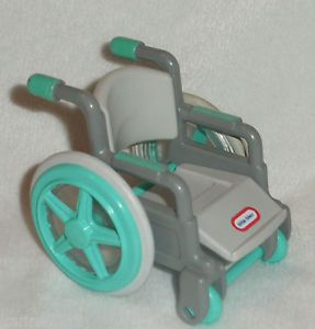 Vintage Little Tikes Dollhouse Doll Sized Wheelchair Wheel Chair Chaise Roulante