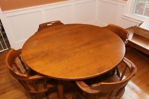 Ethan Allen Maple Wood Antique Dining Room Table With Chairs 2 Table Leafs