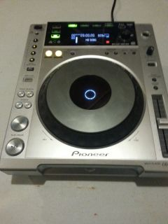 Pioneer CDJ 850 DJ Digital Media Player Professional Quality Turntable