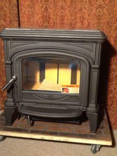 Hearthstone Phoenix Matte Black Wood Burning Stove 60 000BTU