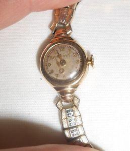 Vintage 17 Jewel Ladies Bulova Wristwatch Watch Gold Filled Case