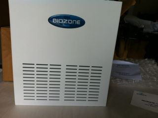 Biozone Food Service Air Purifier RS 500 Sanitizer for Medium Walk in Coolers