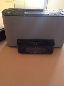 Sony Dream Machine Alarm Clock Am FM Radio iPod iPhone Dock Black ICF CS10IP