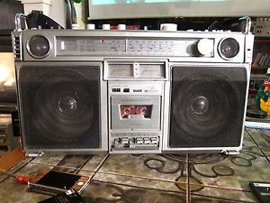 Crown CSC 980 Ghettoblaster Boombox Fully Working Great Condition