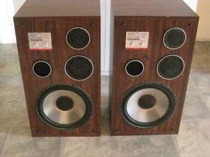 Linear Phase 8810 Studio Monitors Speakers 125 Watts RMS Digital