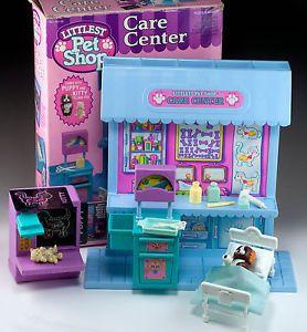 Vintage Littlest Pet Shop Care Center Veterinarian Hospital Kenner '93 Boxed Set