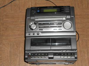 Aiwa Stereo System CA DW620U CD Cassette Receiver Shelf Stereo No Speakers