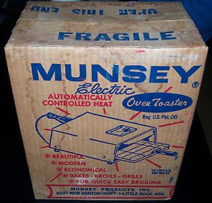 Vintage New in Opened Box Good Condition Munsey Electric Oven Toaster